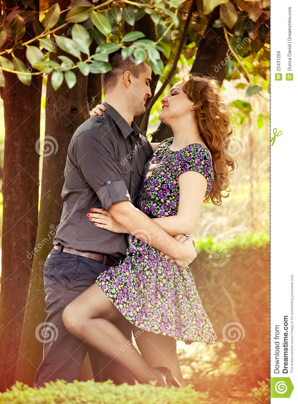 23 760 Lovers Hugging Photos Free Royalty Free Stock Photos From Dreamstime