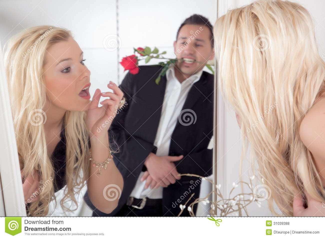 romantic jealousy in men and women Because male height is associated with attractiveness, dominance, and  reproductive success, taller men may be less jealous and because female  height has a.