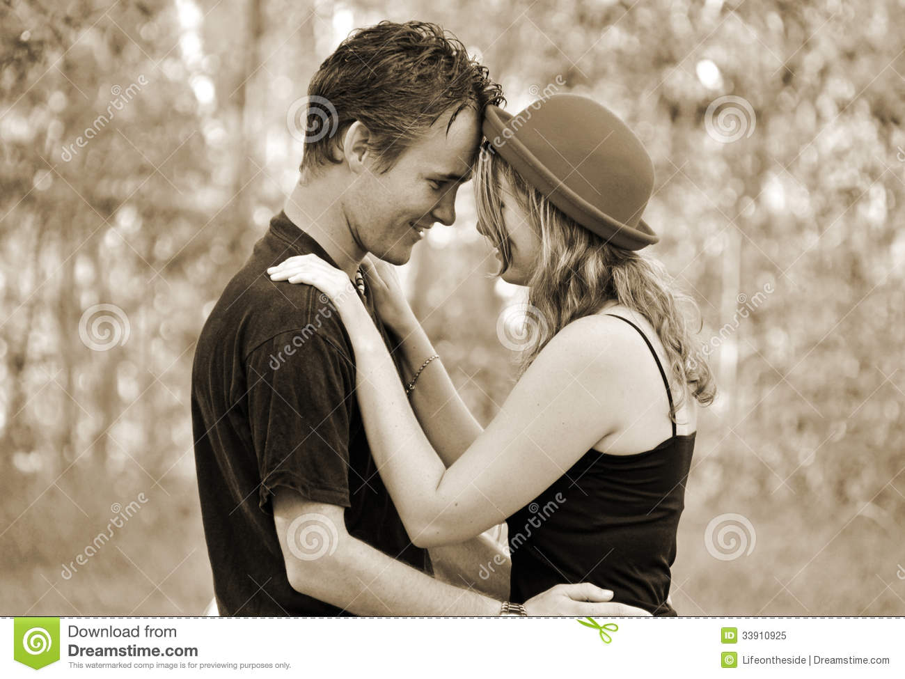 romantic portrait of young woman amp man in love royalty free stock photo   image 33910925