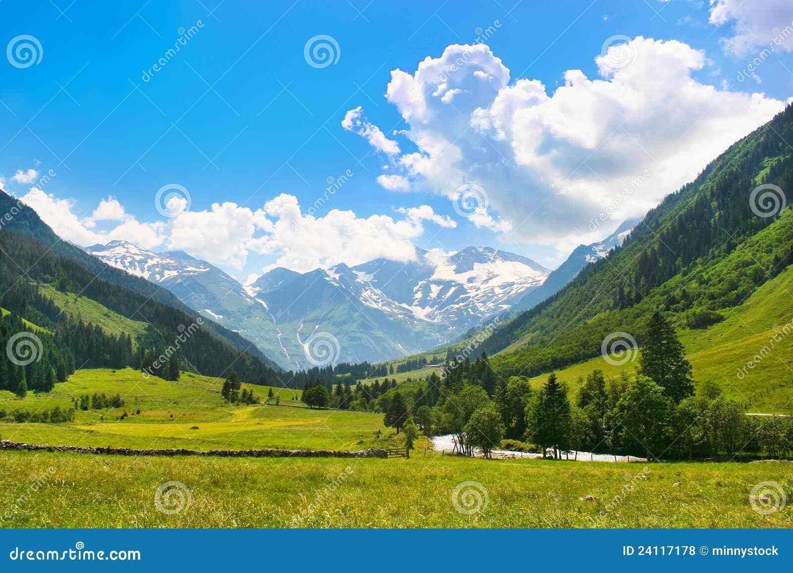 Nature Images 2mb: Romantic Summer Nature Landscape Stock Photo