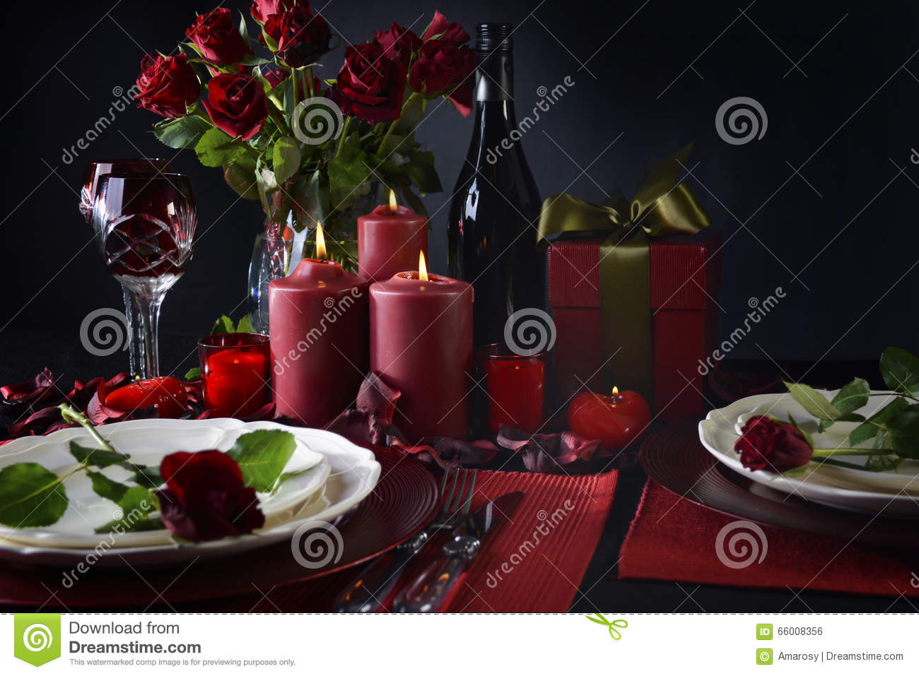 Romantic Valentine Table Setting. Dining passion. & Romantic Valentine Table Setting Stock Photo - Image of dining ...