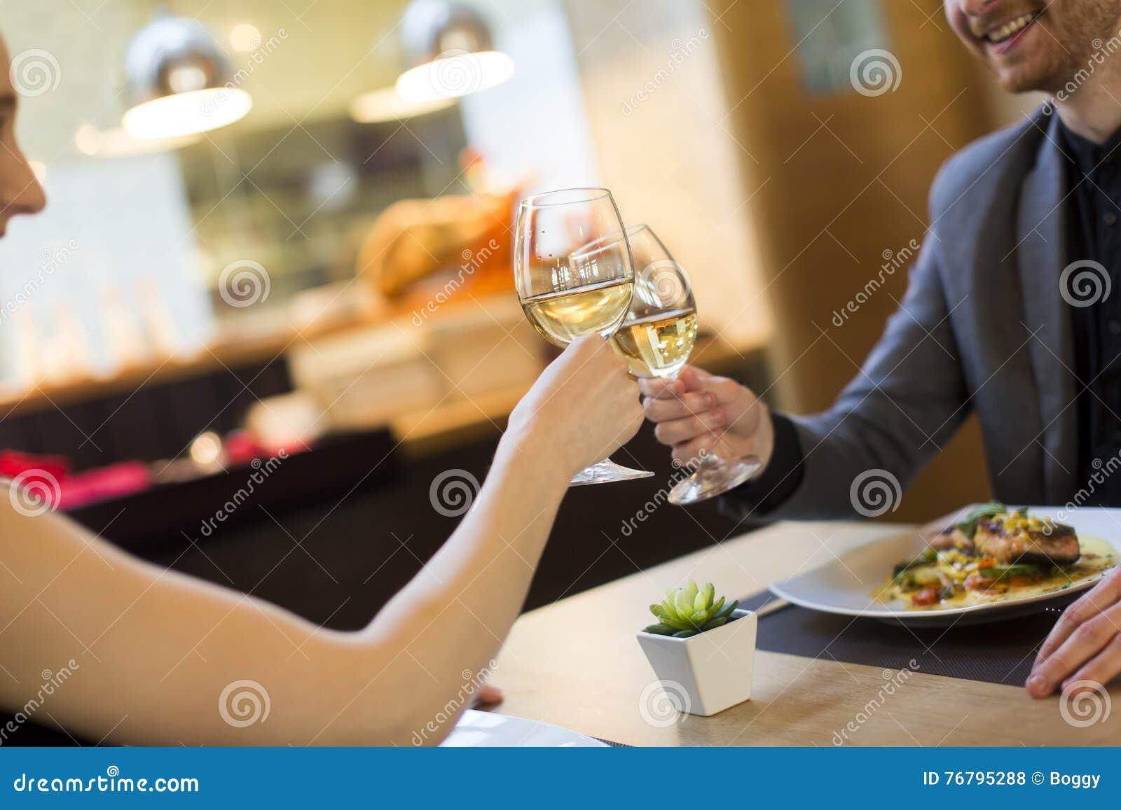 Romantisch diner in restaurant