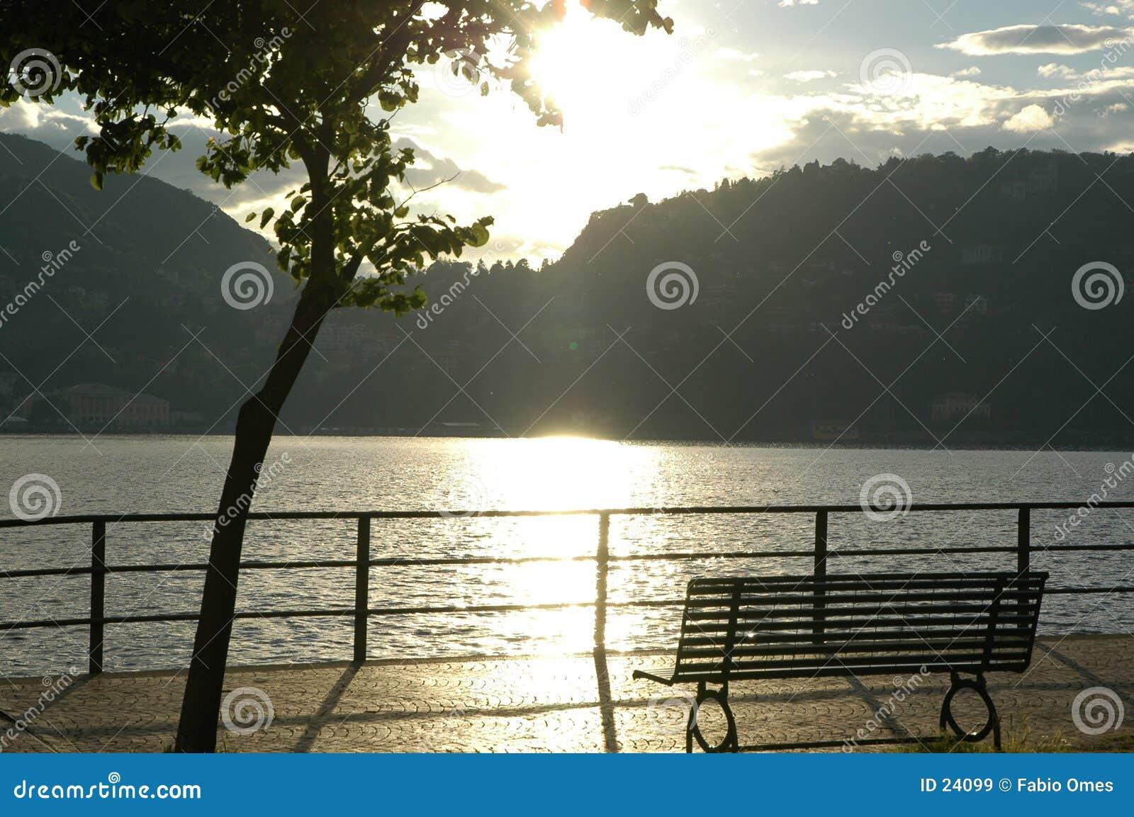 Romantische Ansicht in Como See.