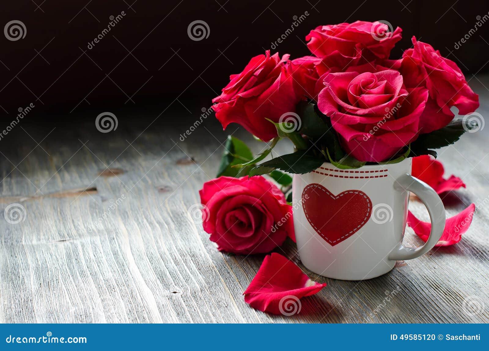 Romantische Karte Heiliges Valentiness Tagesmit Rosen