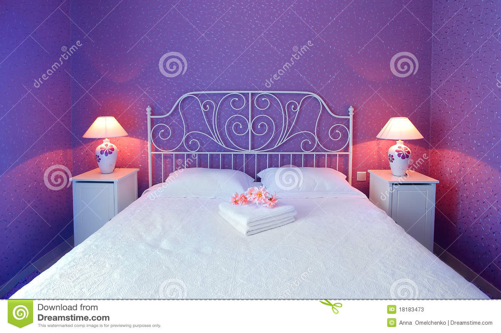 Romantische slaapkamer stock afbeelding afbeelding bestaande uit