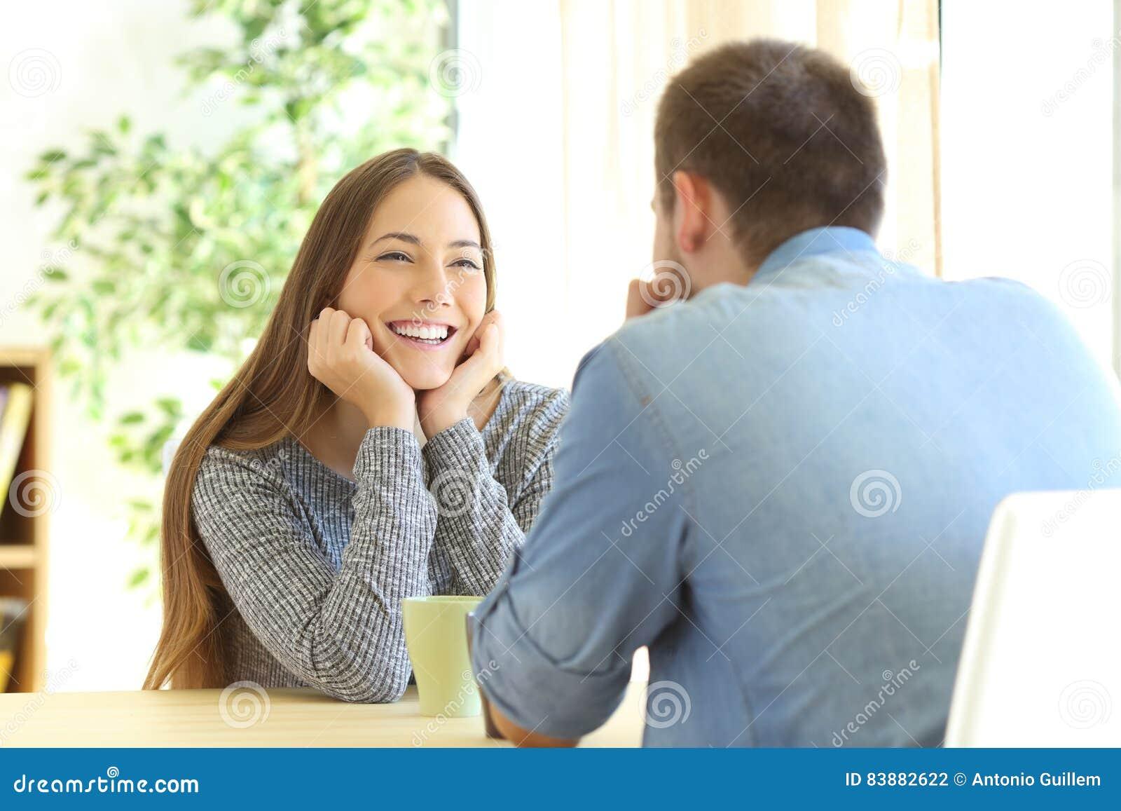 Datieren, wie es ist, verliebt zu sein Kostenlose Online-america Dating-Seite