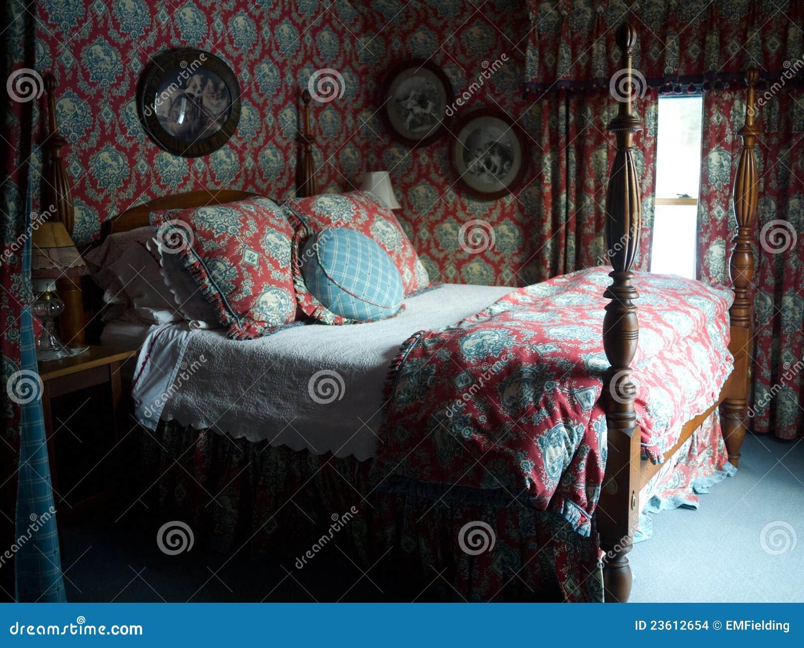 Romantisches Schlafzimmer stockfoto. Bild von antike - 23612654