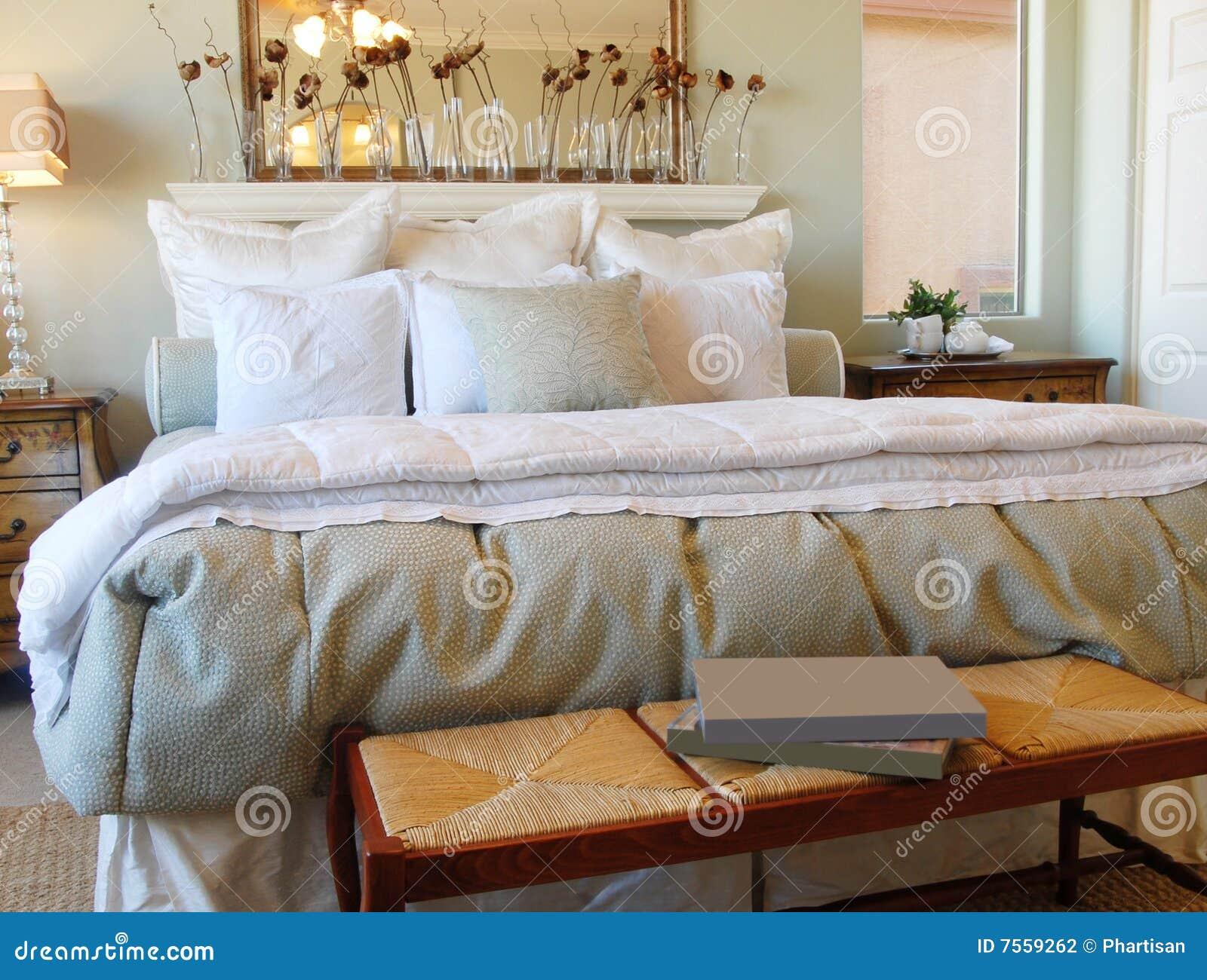 Romantisches Schlafzimmer-Innenarchitektur Stockfotografie - Bild ...