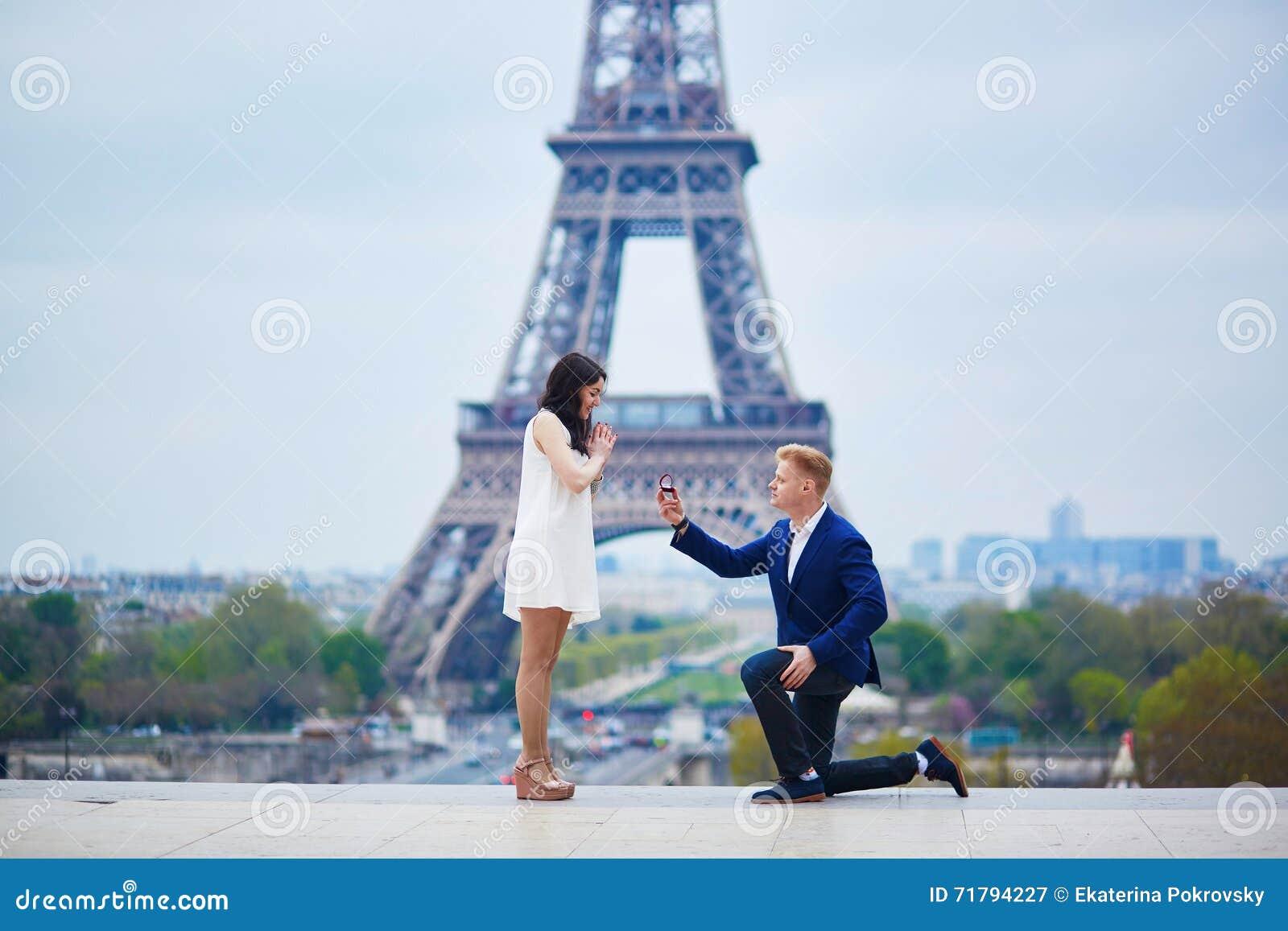 Romantyczny zobowiązanie w Paryż