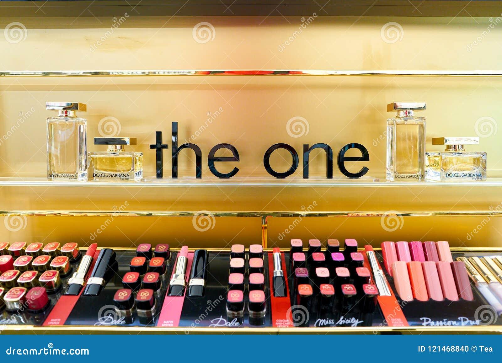 Dolce & Gabbana editorial image  Image of gabbana, lipstick