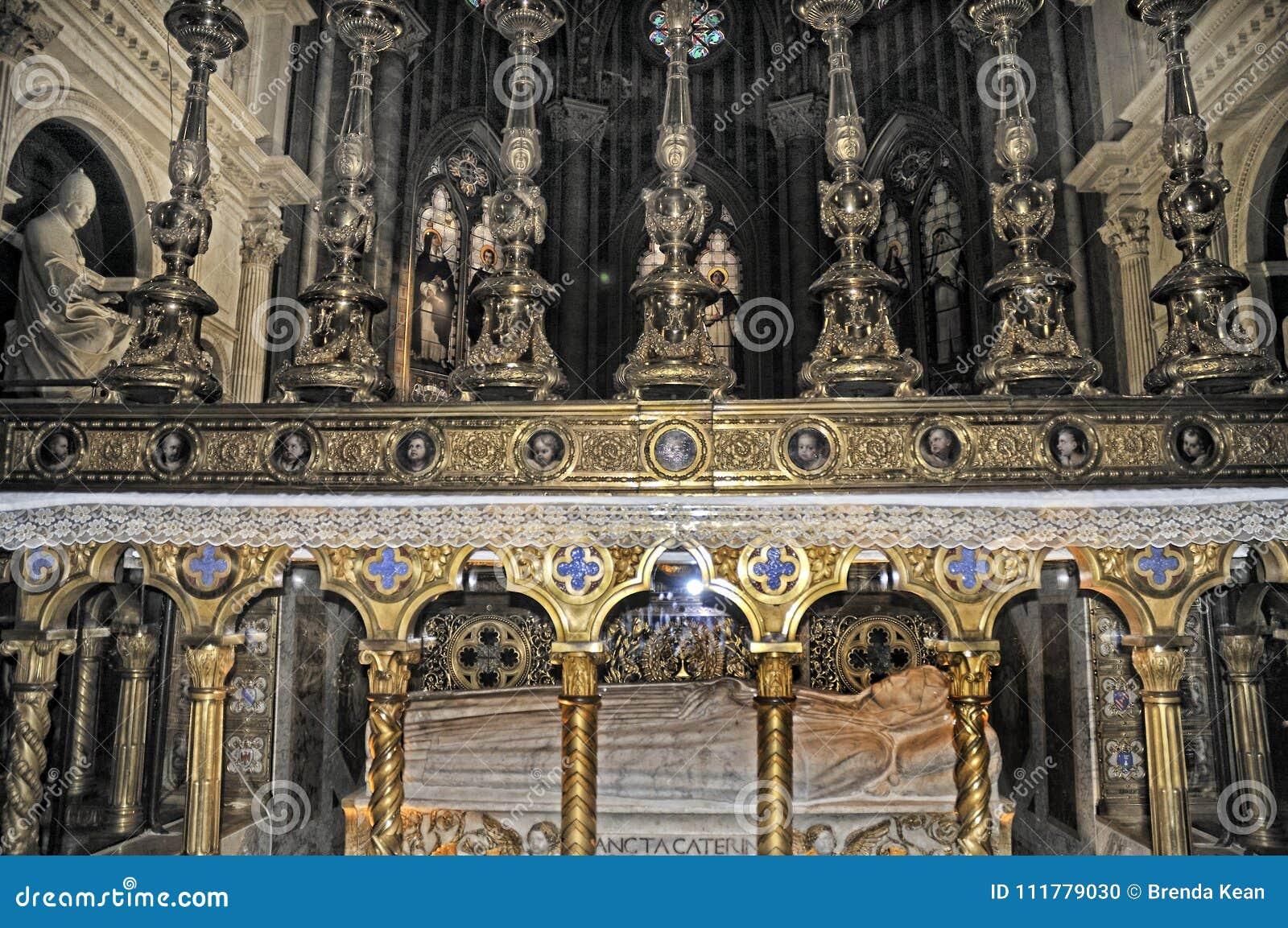 The Altar of the church of Santa maria Sopra Minerva in Rome