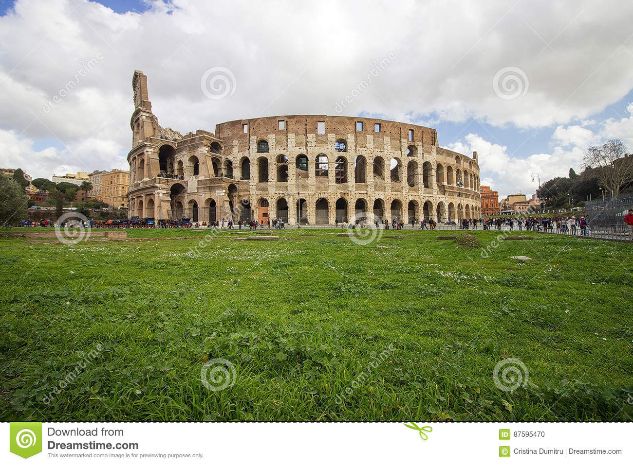 Rome italy view of the colosseum editorial image for Green italy