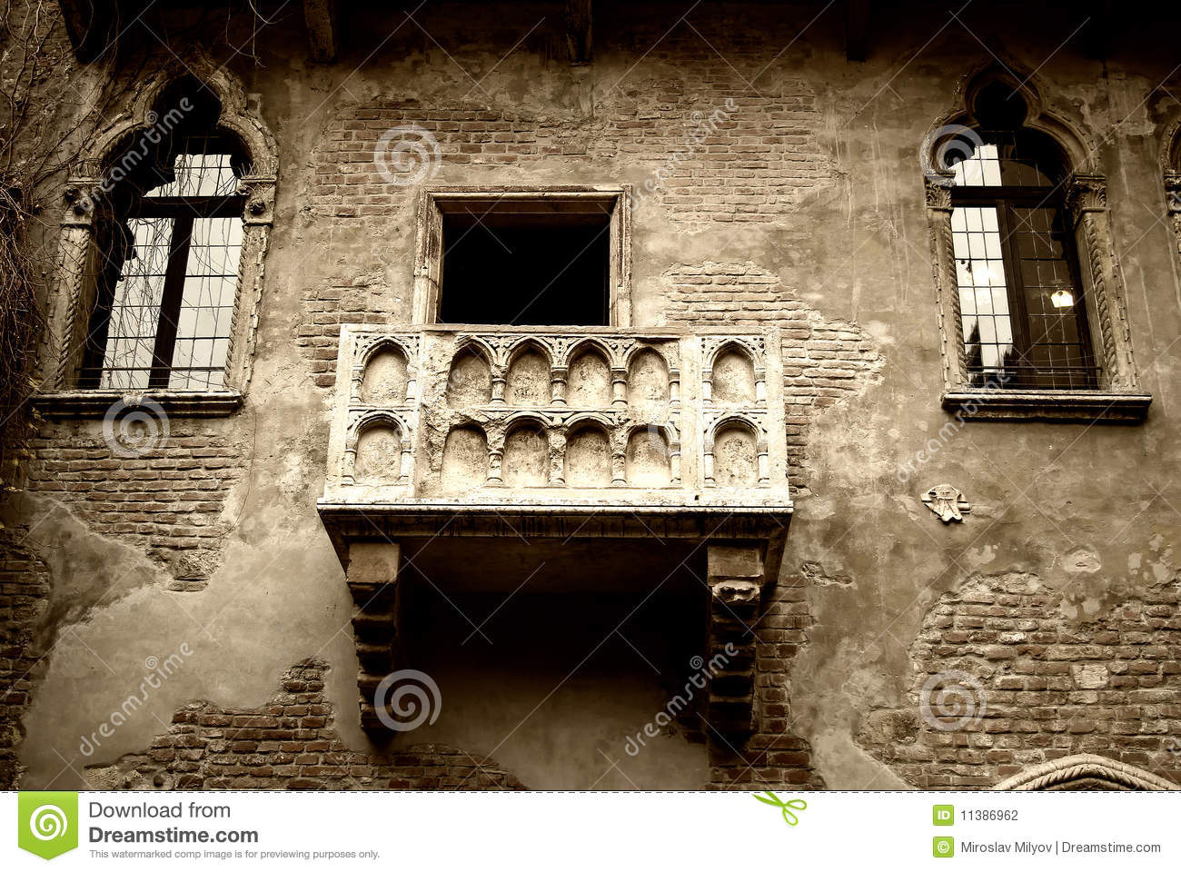 Romeo and juliet 39 s balcony stock photo image of vacation for In the balcony