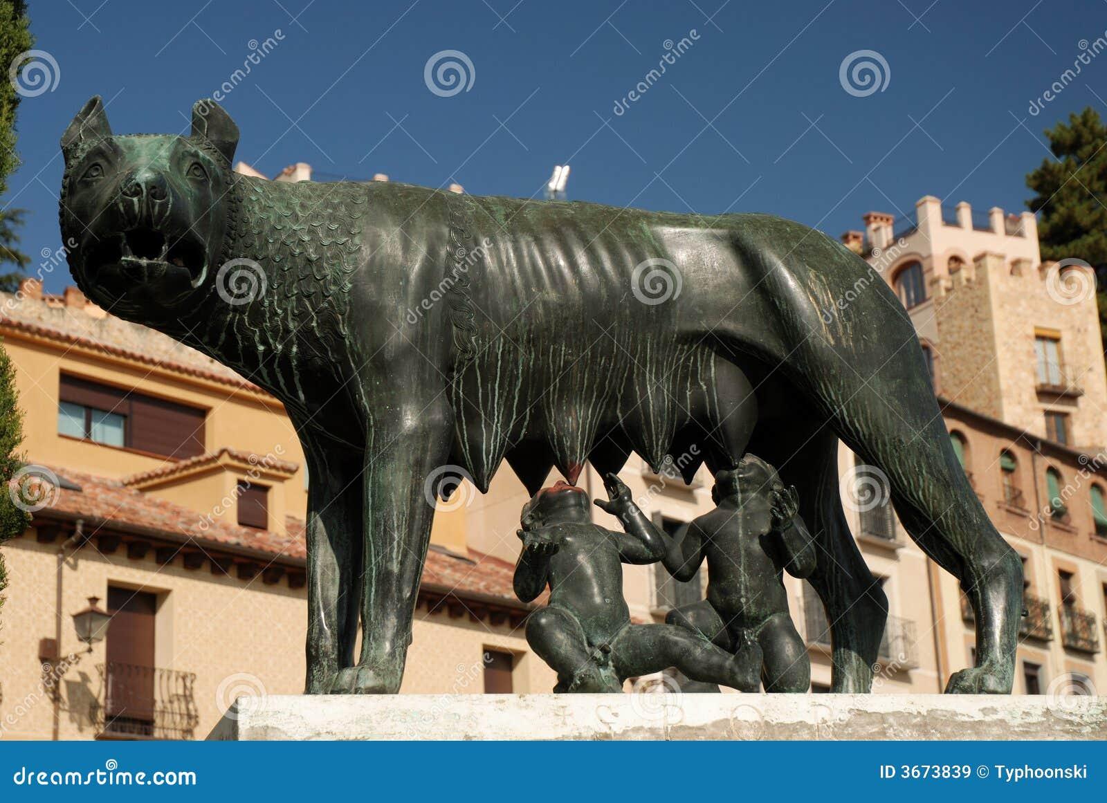 romulus und remus statue lizenzfreie stockbilder bild 3673839. Black Bedroom Furniture Sets. Home Design Ideas