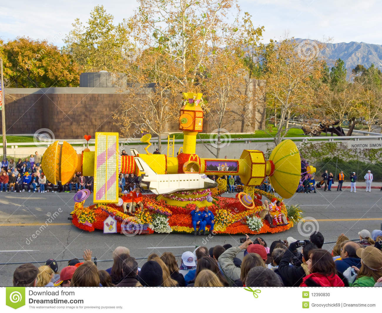 ronald mcdonald house float editorial image - image: 12390830