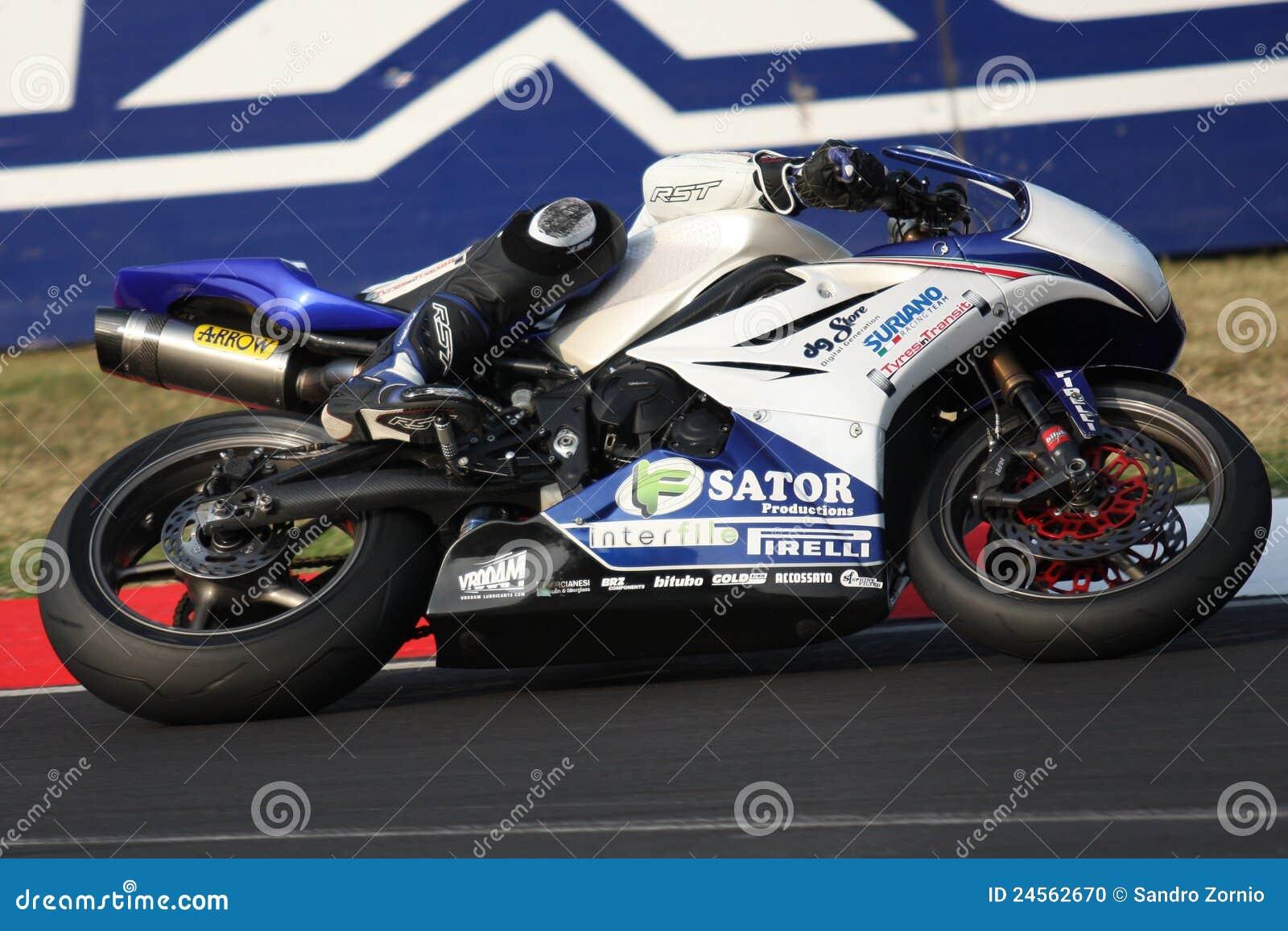Ronan Quarnby Triumph Daytona 675 Suriano