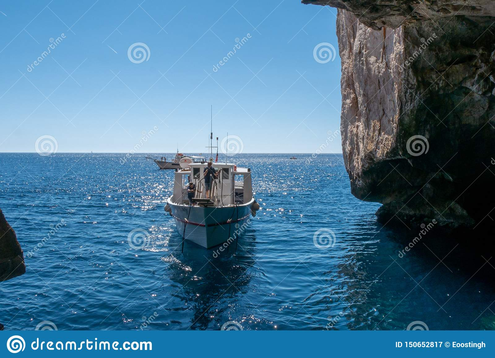 Rondvaart rond grotta Di nettuno