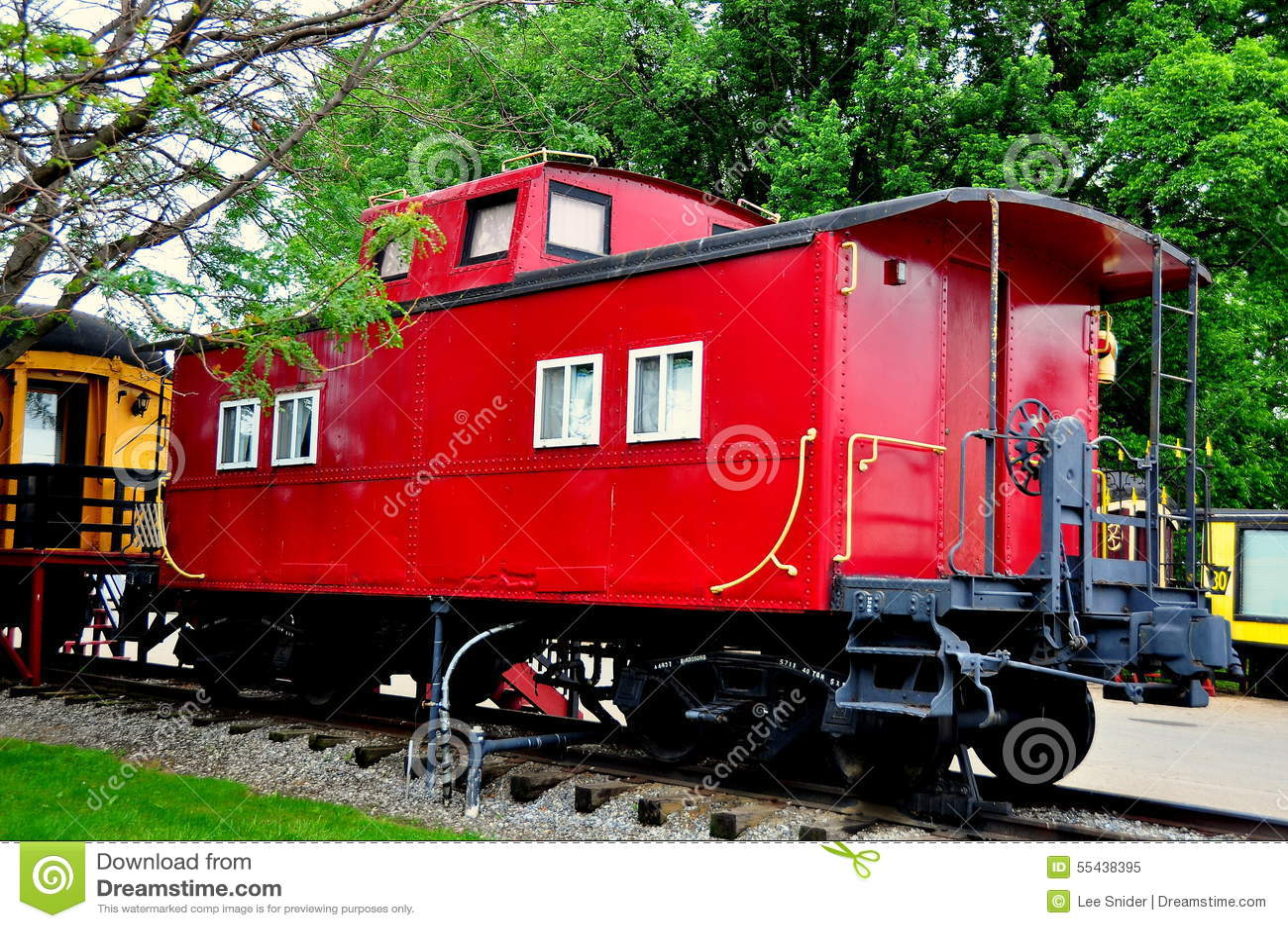 Ronks (PA) United States  City new picture : Ronks, PA: Rotes Kombüsen Motel Eisenbahn Auto Redaktionelles Bild ...