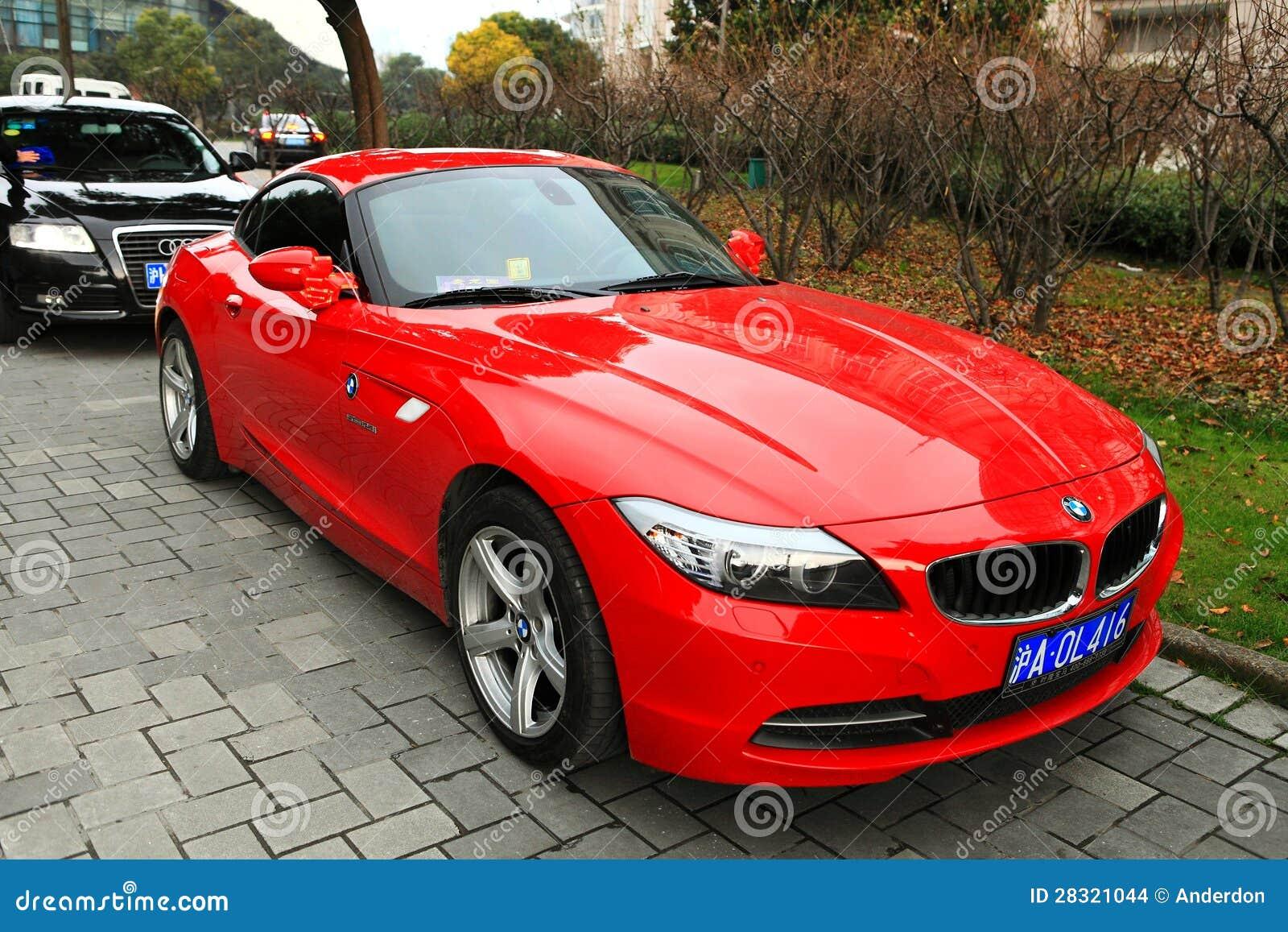 Rood Bmw Z4 Redactionele Stock Afbeelding Afbeelding Bestaande Uit Voertuig 28321044