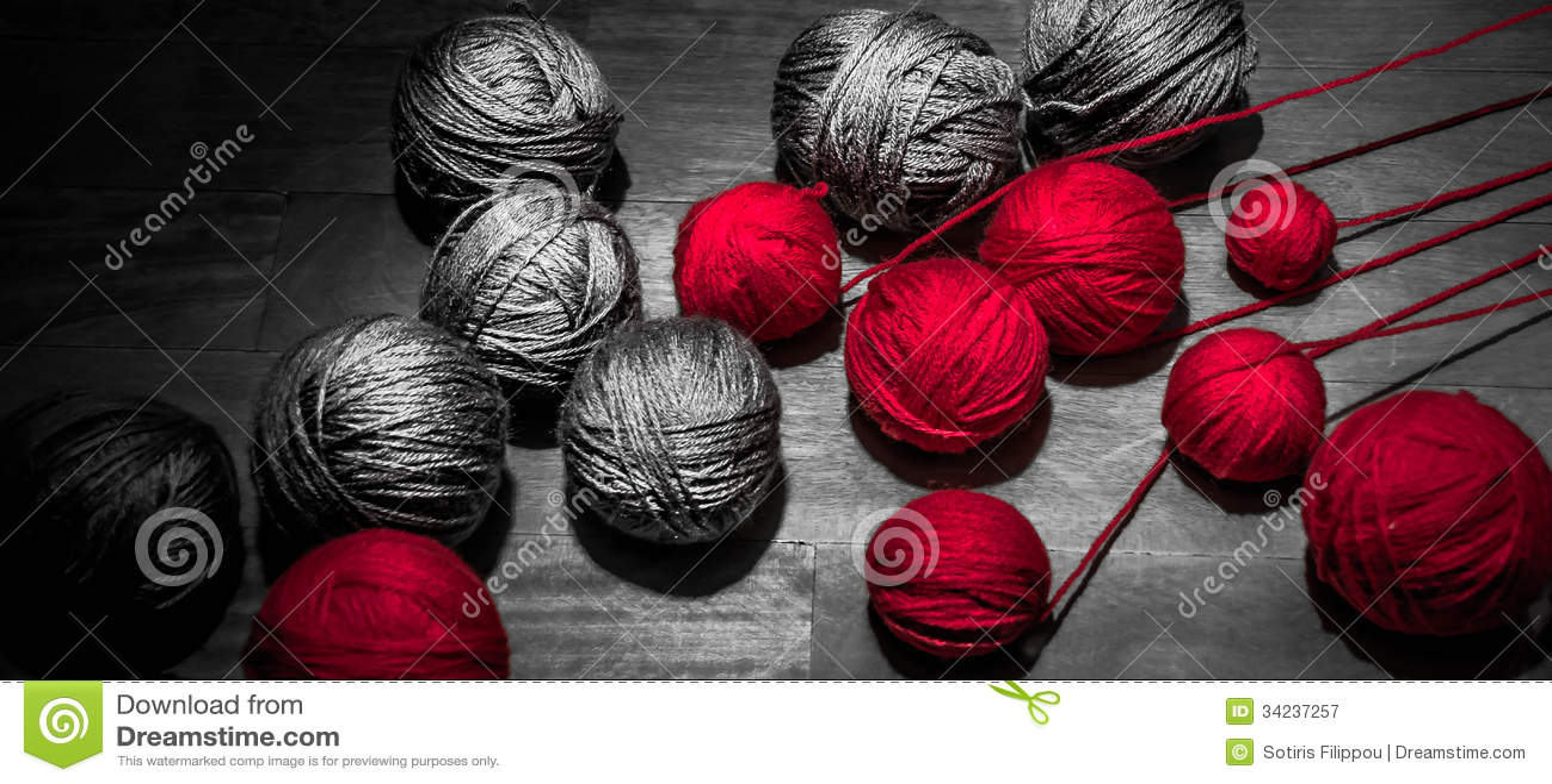 Rood en Grey Threads