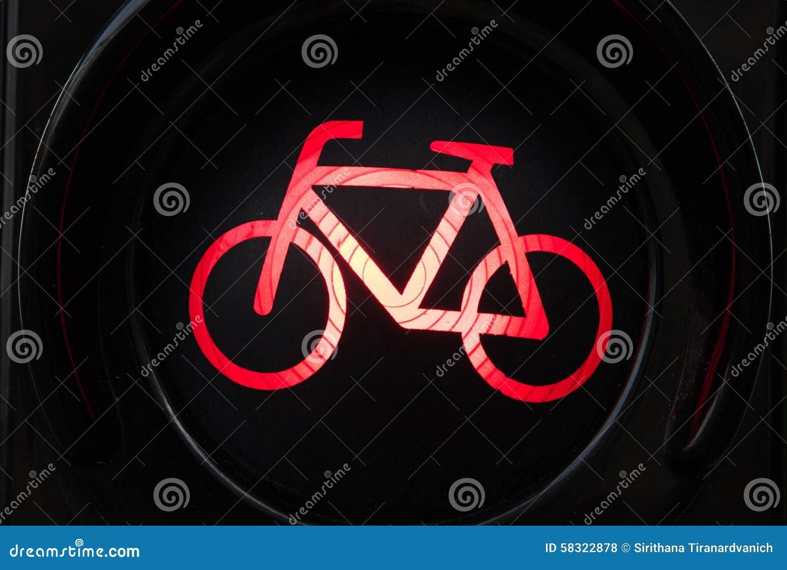 Licht Voor Fiets : Rood licht voor fiets stock foto. afbeelding bestaande uit