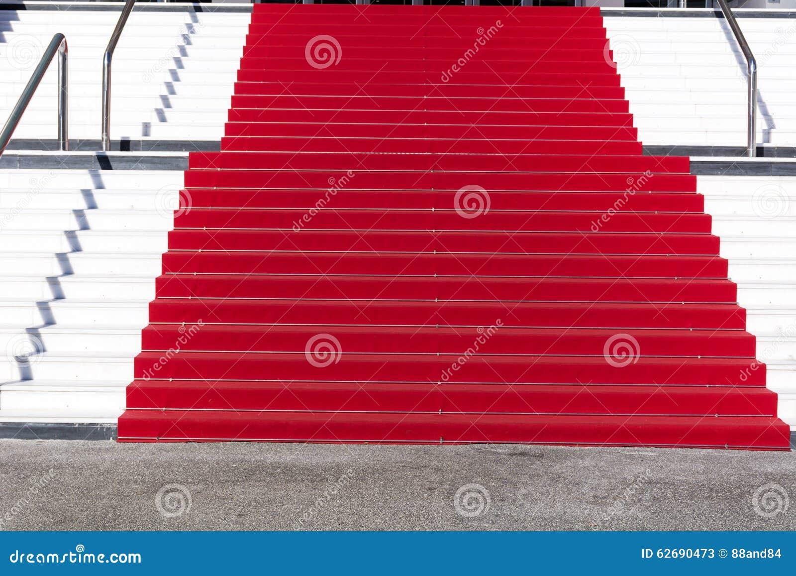 Rood tapijt in Cannes, Frankrijk Stairs van bekendheid