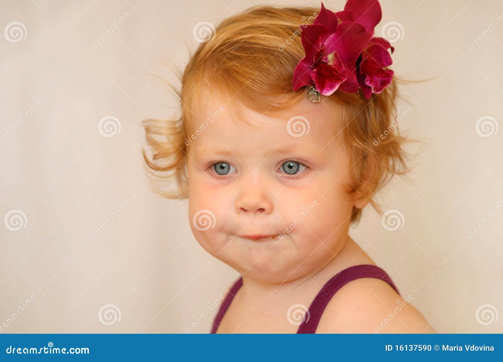 Roodharig meisje stock foto beeld 16137590 - Beeld het meisje van ...