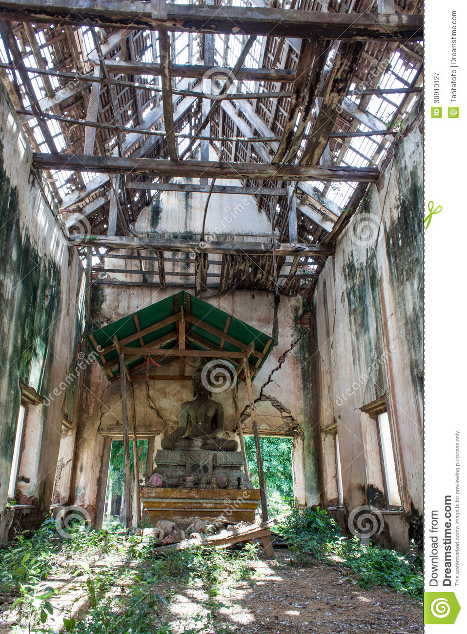 Roof Ancient Abandoned Temple In Thailand Royalty Free