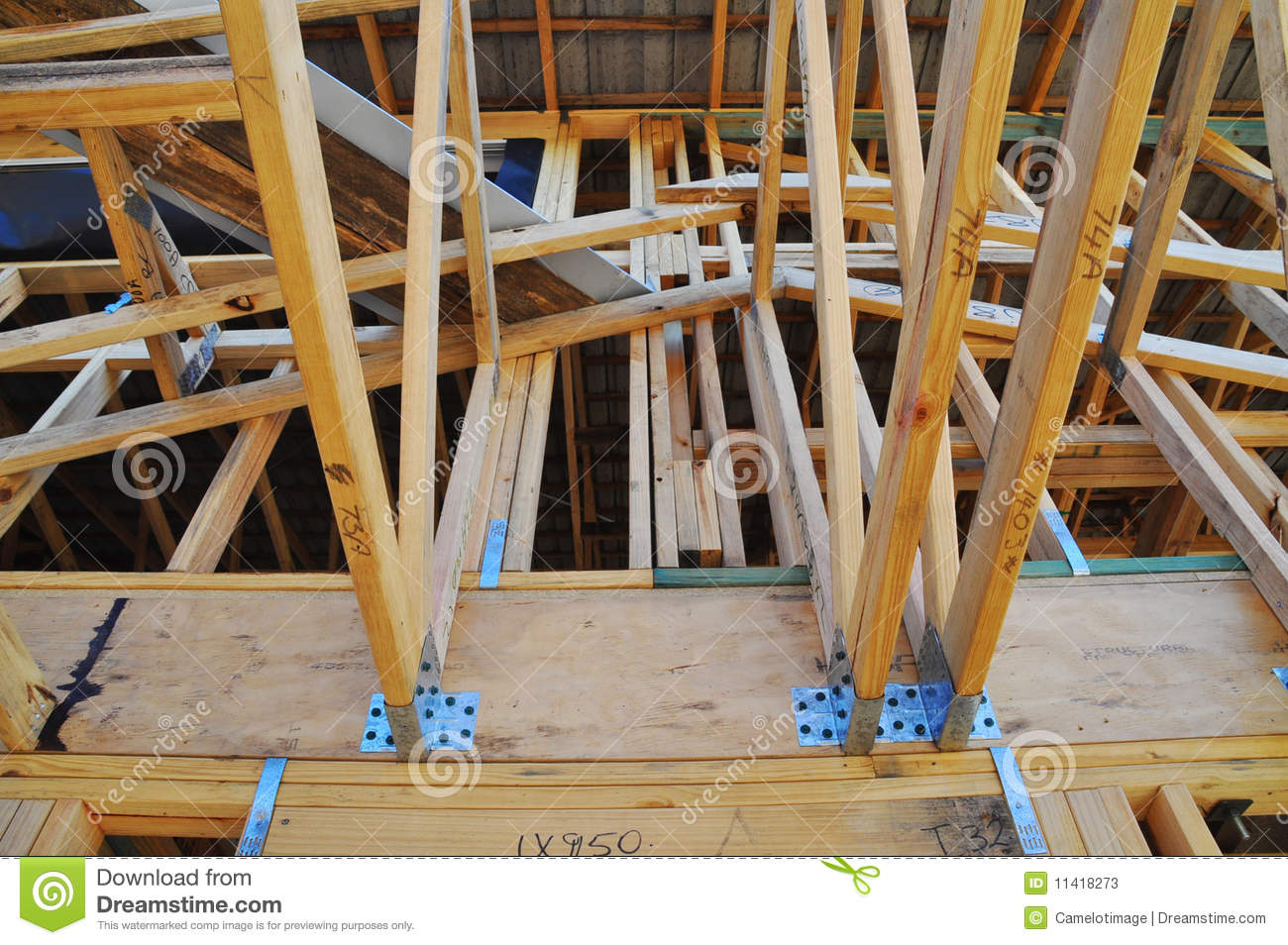 A Roof Connection In A Radiata Pine Building Frame Stock