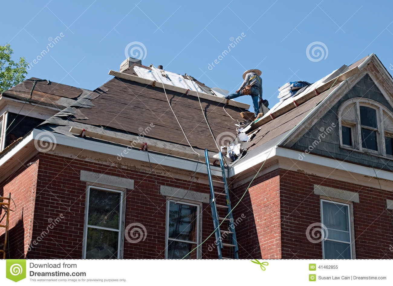 Roof Repair On Historic House Stock Photo Image 41462855