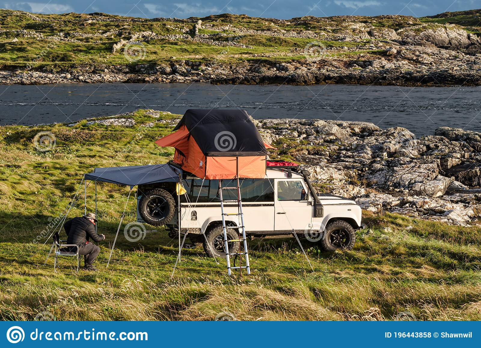 Roof Tent On Land Rover Editorial Stock Photo Image Of Outdoor 196443858