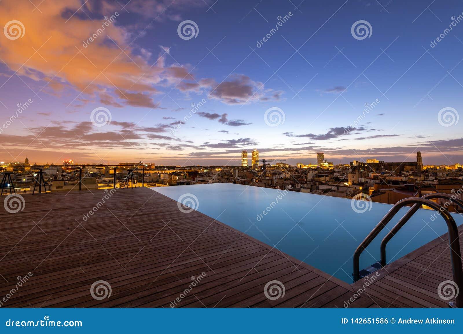 Roof Top Pool Sunrise, Barcelona