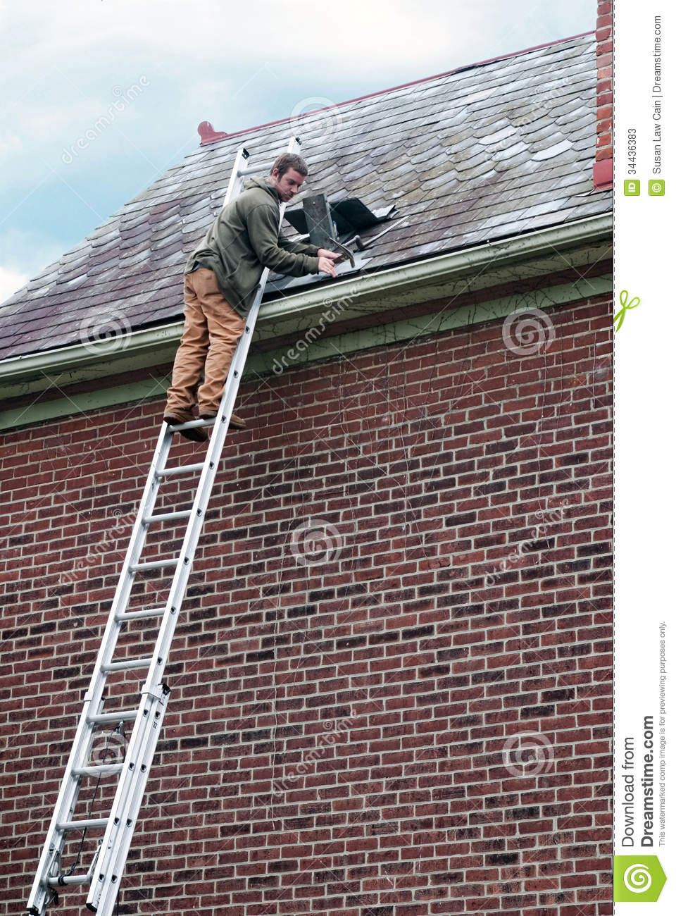 Roof Worker On Ladder Stock Photos Image 34436383