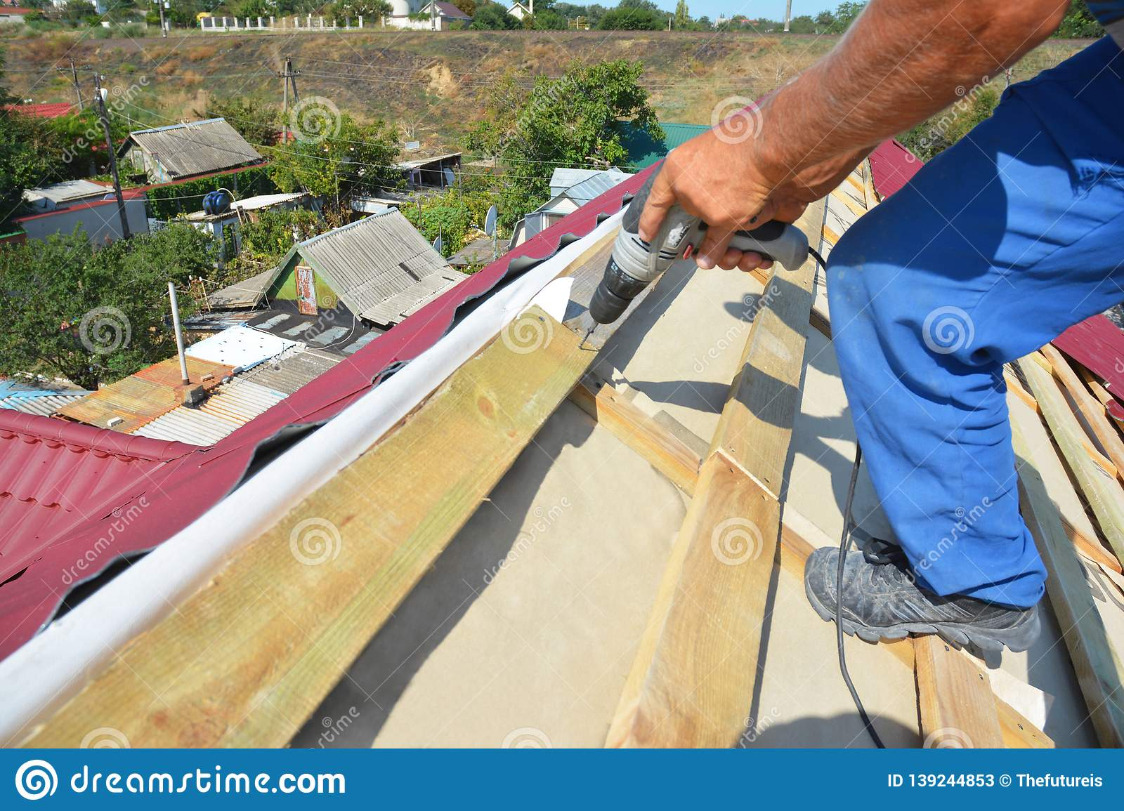 Roof Install Stock Images Download 2 220 Royalty Free Photos