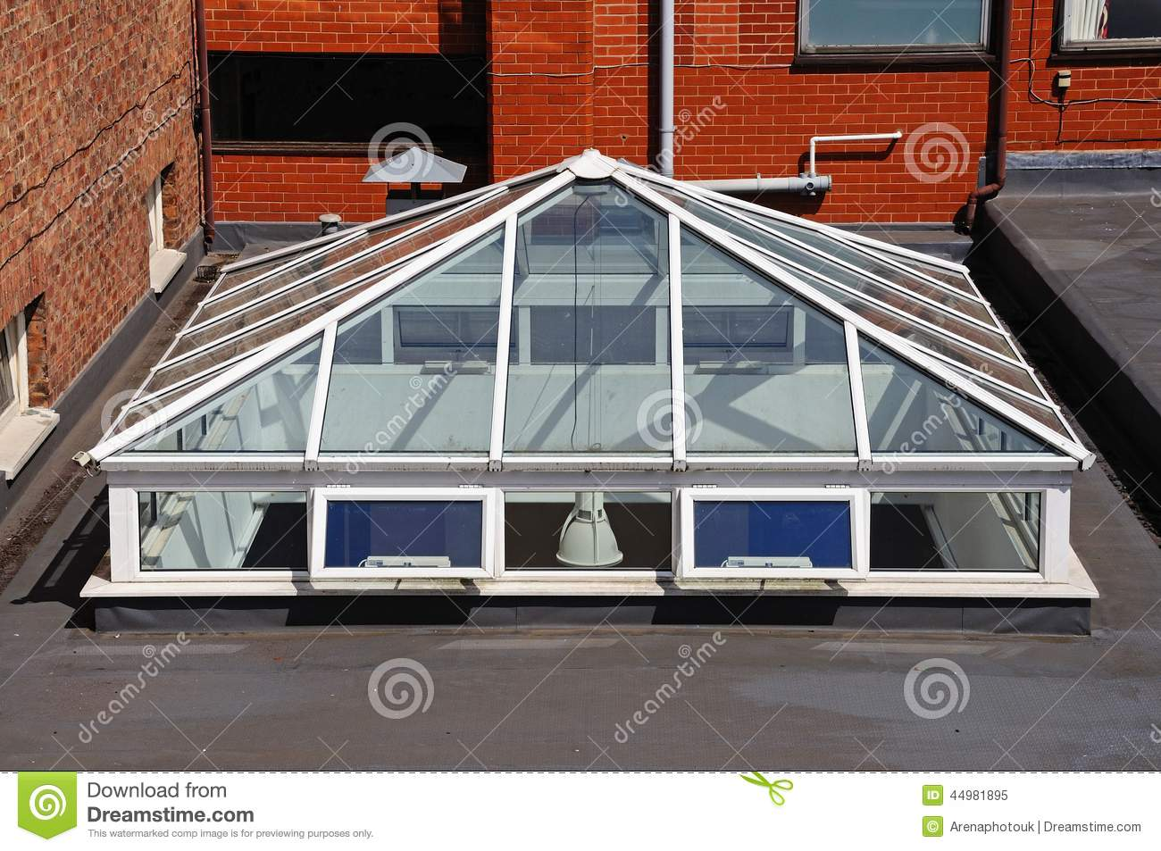 Rooftop skylight chester stock photo image 44981895 - Tragaluces para tejados ...