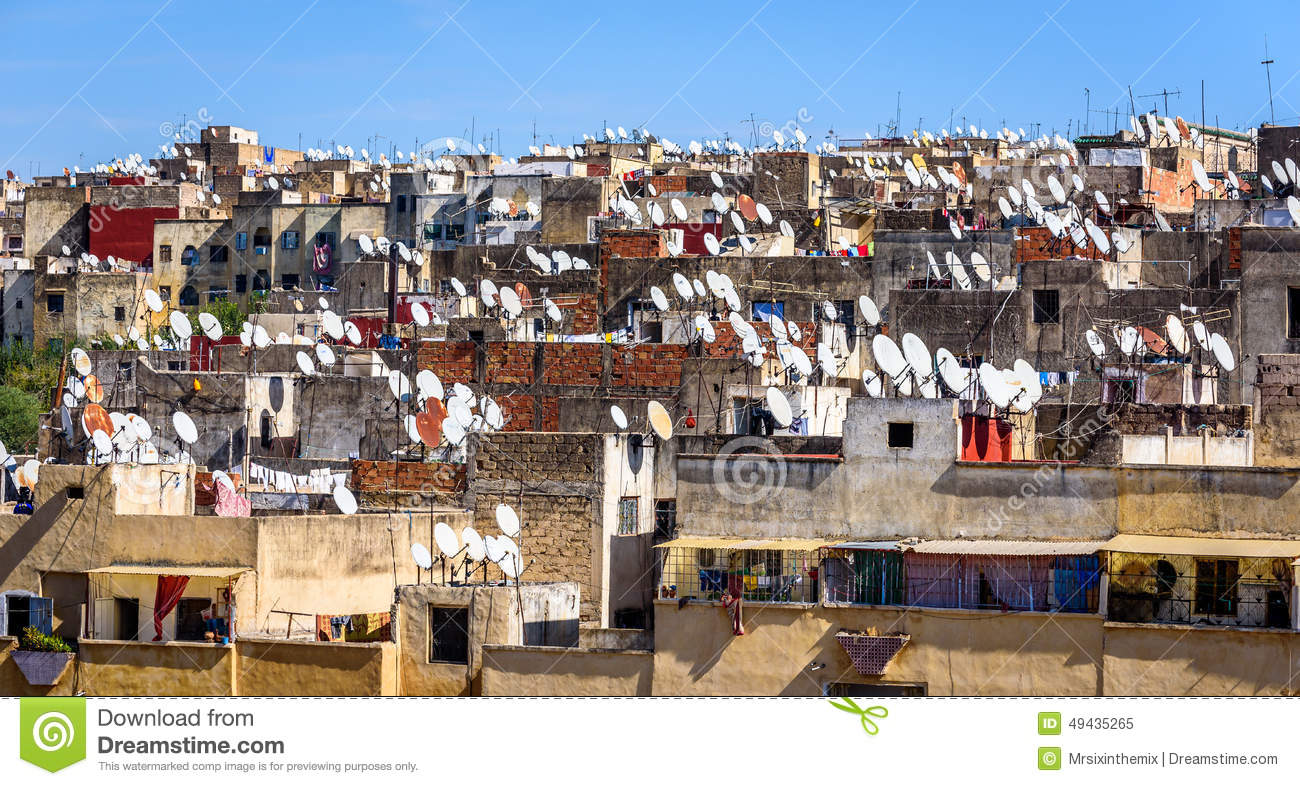 rooftops-fez-satellite-tv-dishes-fes-man