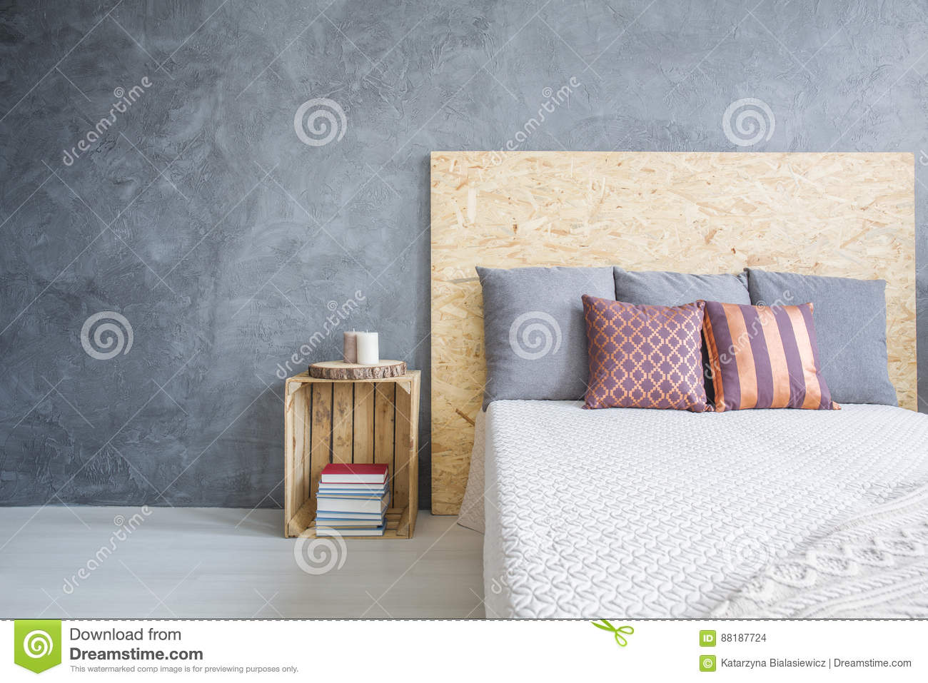 Crate Nightstand Photos Free Royalty Free Stock Photos From Dreamstime