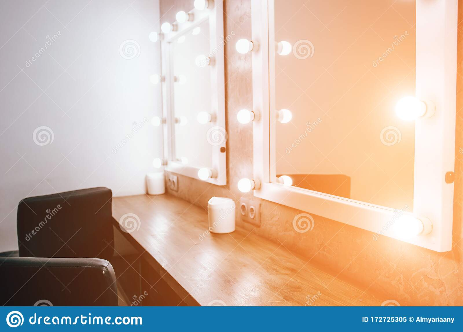 Room With Makeup Mirror Lights Stock Image Image Of Beauty Beautiful 172725305