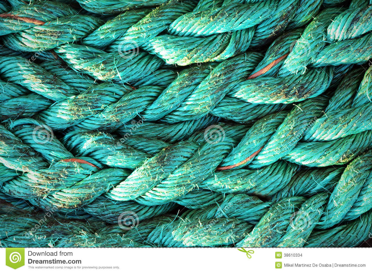 Rope textures on harbor