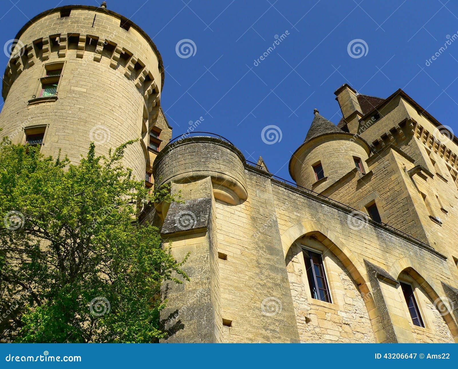 Download Roque För Malartrie För La För Gageac För Chateaude France Fotografering för Bildbyråer - Bild av ferier, maroon: 43206647