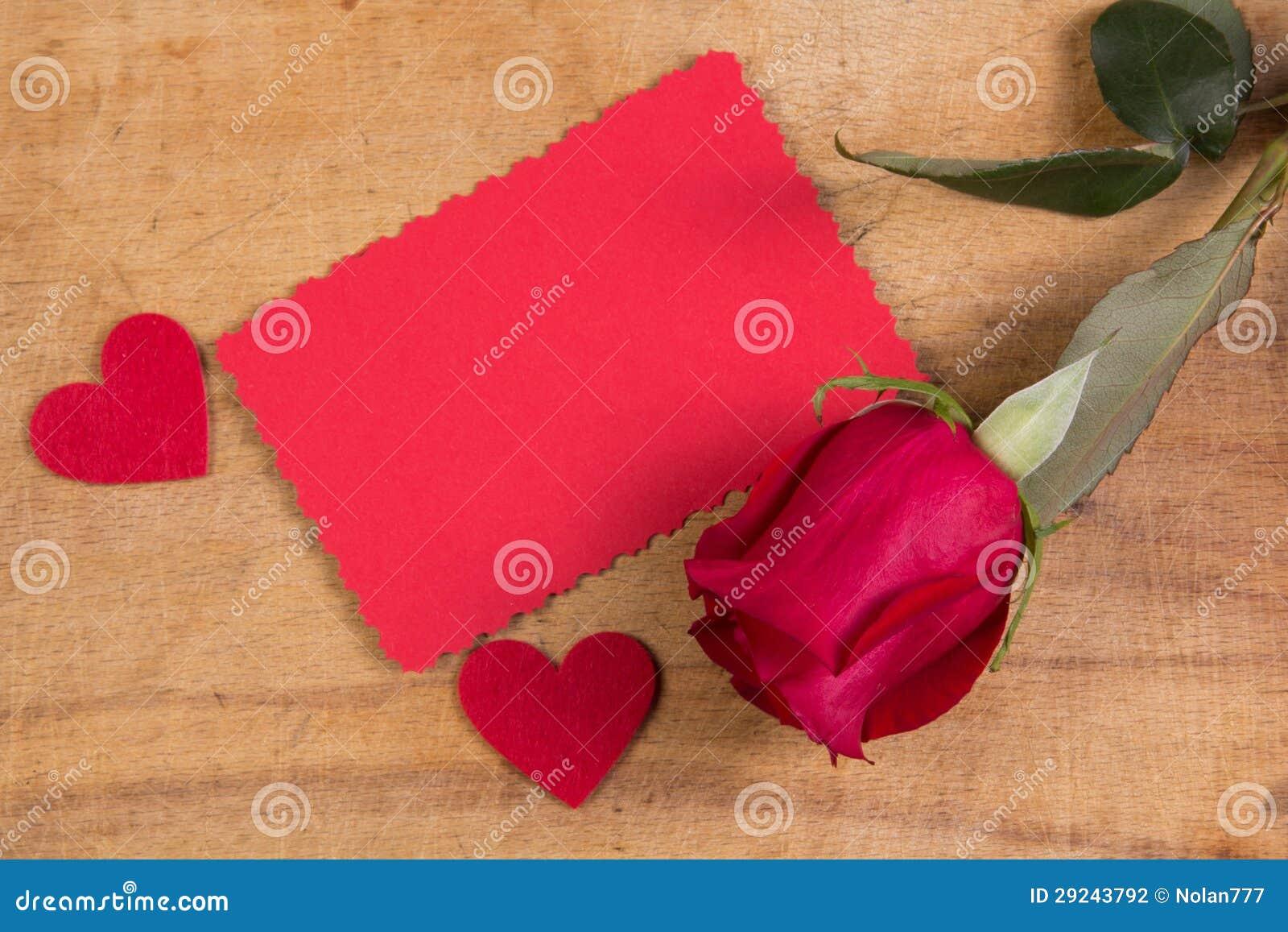 Download Rosa e cartão do vermelho foto de stock. Imagem de romântico - 29243792