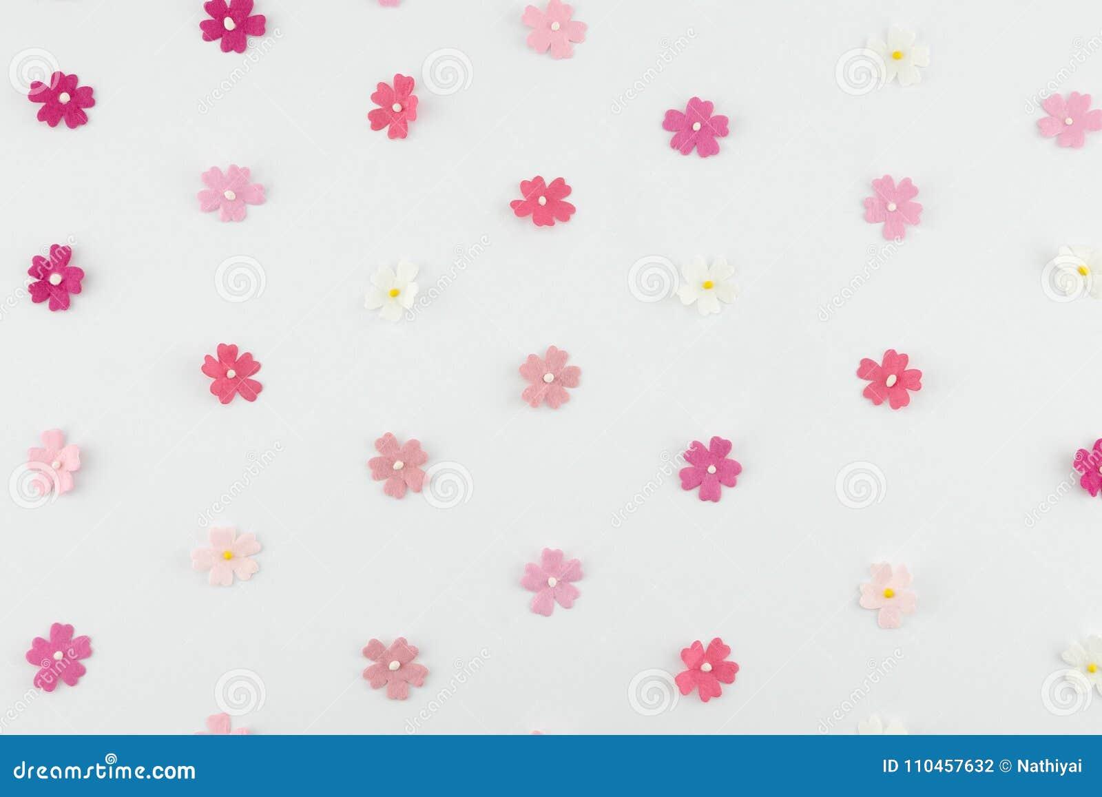 Rosa färger tonar horisontalmodellen för pappers- blommor
