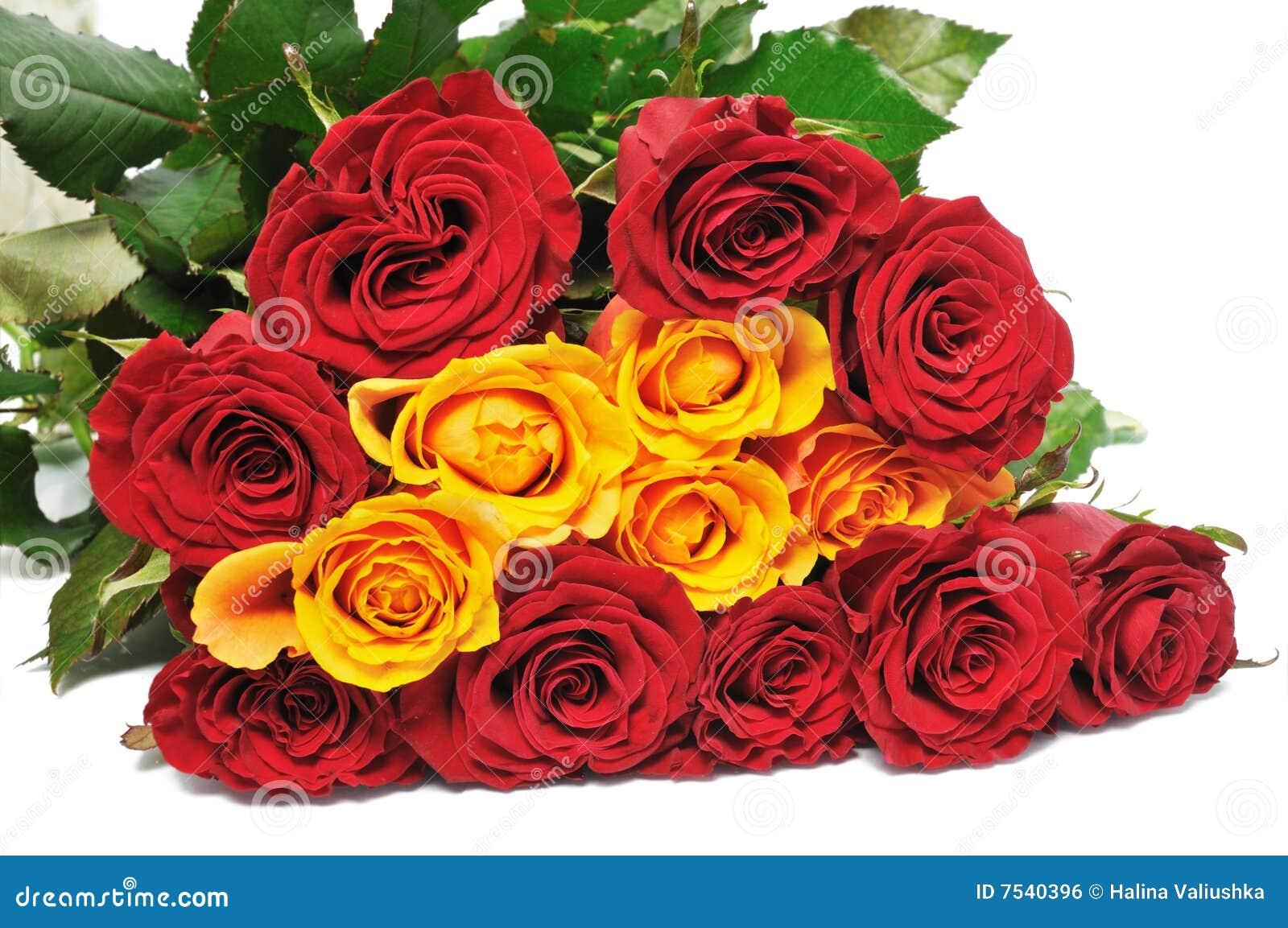 Rosas Bonitas Del Ramo Grande Foto De Archivo Imagen De Aislado