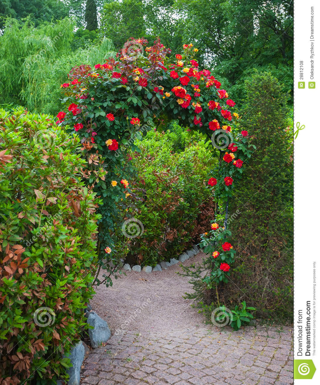 Roses In Garden: Rose Arch In English Country Garden Stock Photo