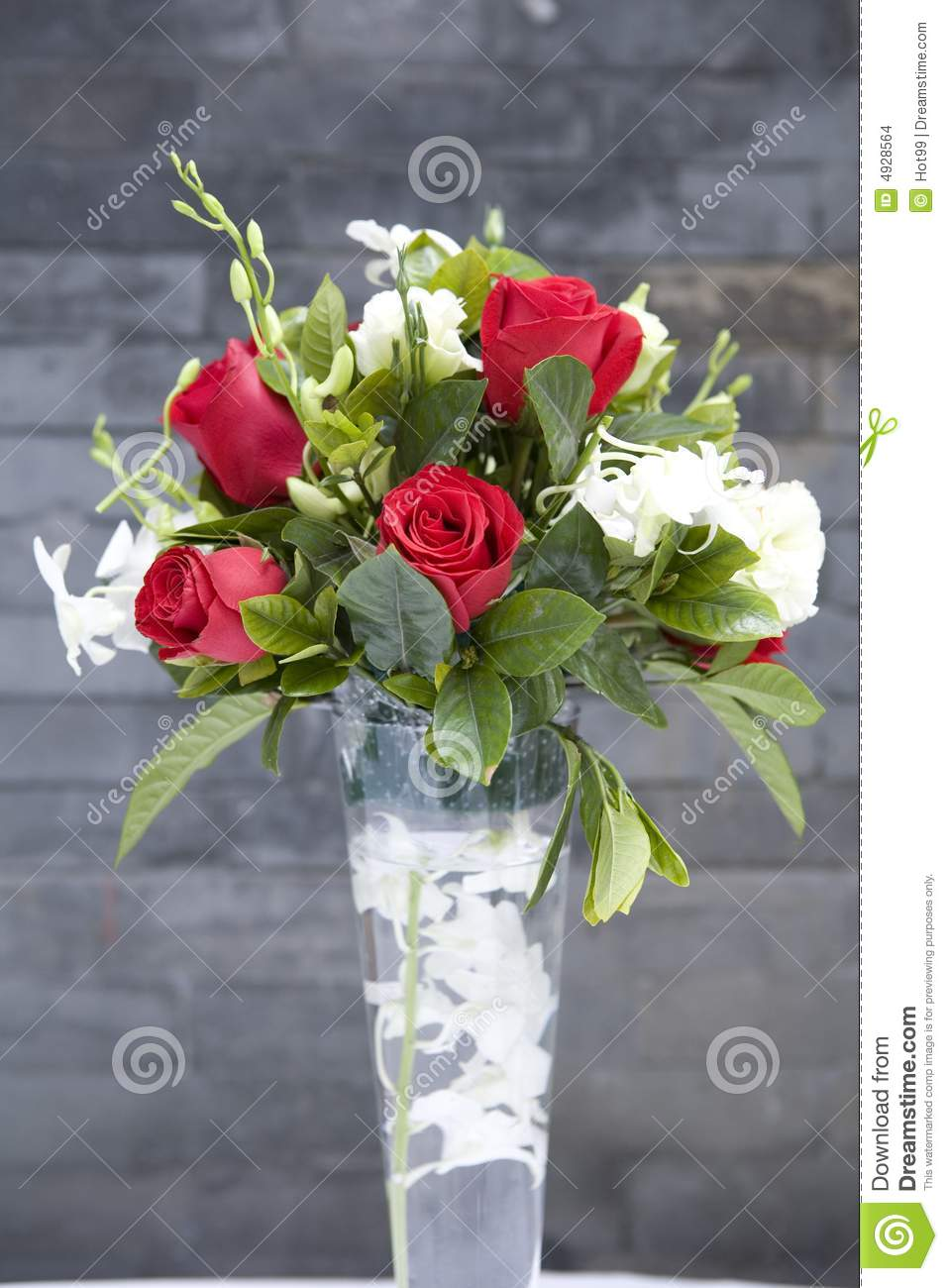 Rose flowers in glass vase1 stock photo image of bunch royalty free stock photo reviewsmspy