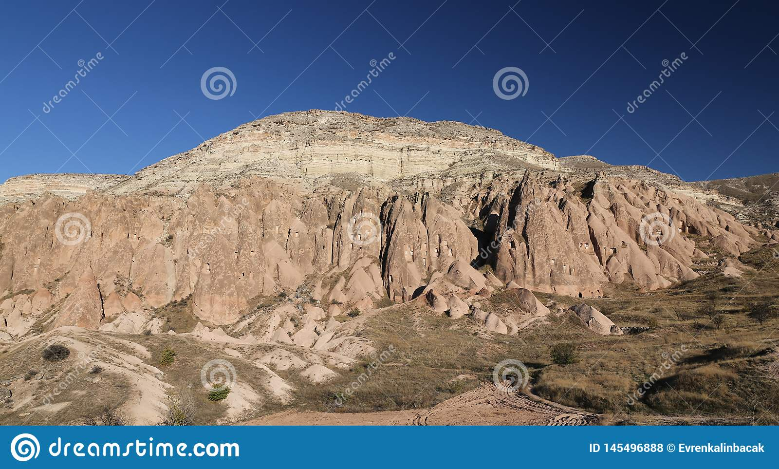 Rose Valley in Cavusin-Dorp, Cappadocia, Nevsehir, Turkije