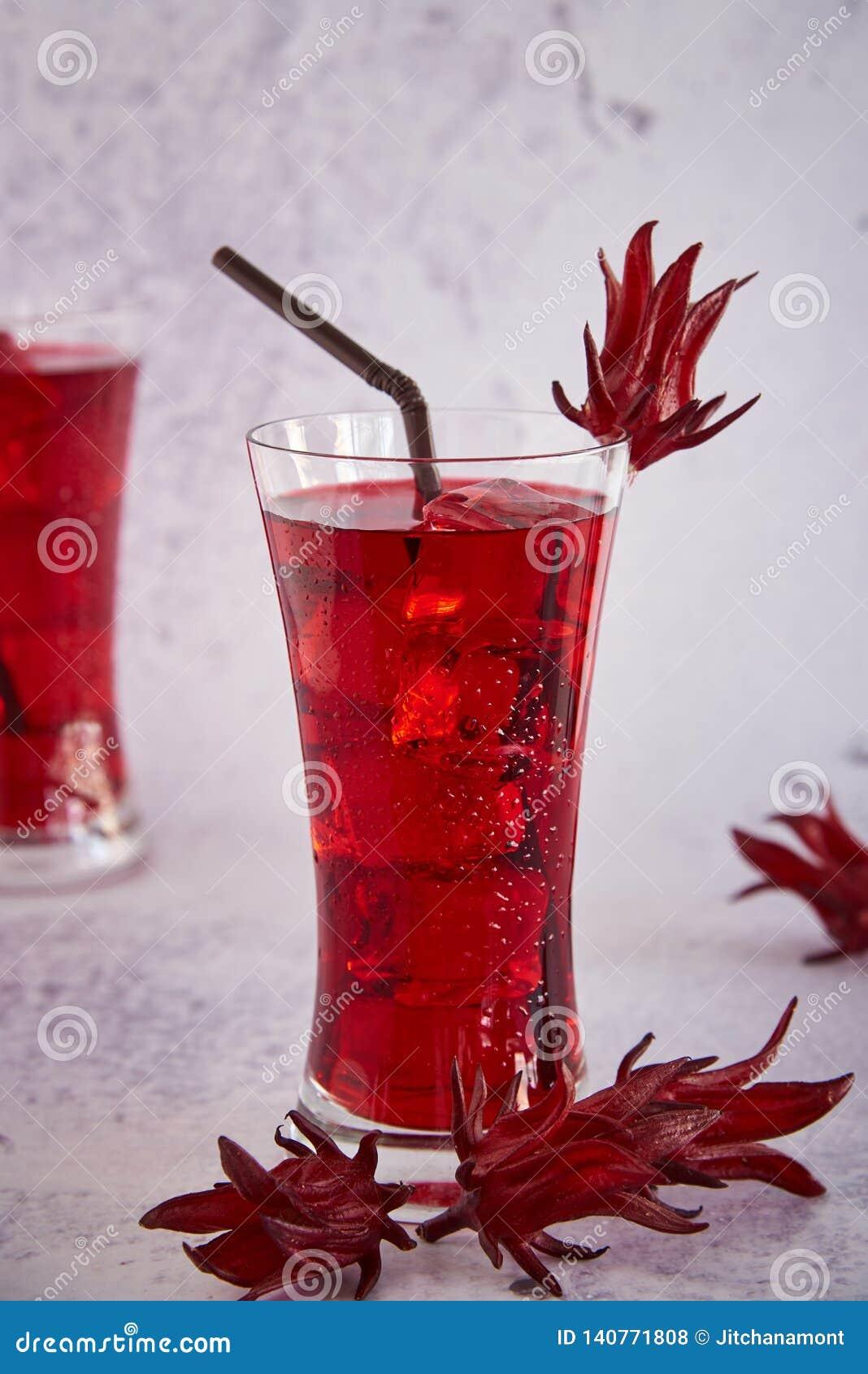 Roselle sok, Tradycyjny Tajlandzki Ziołowy Zimny Miękki napój I Dekorujący Świeżym Roselle