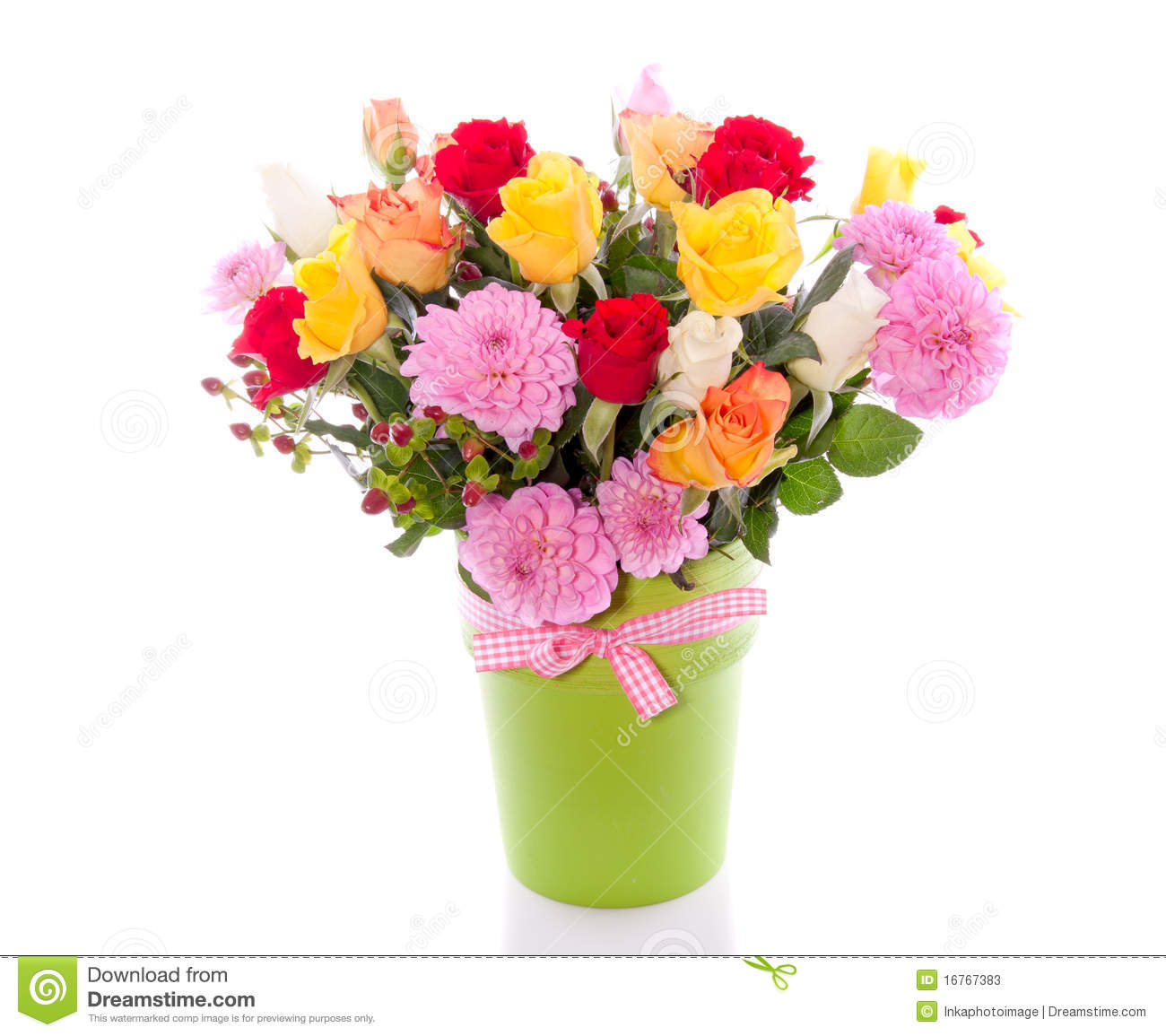 Log cabin on a lake royalty free stock photography image 7866317 - Roses And Dahlia Bouquet Stock Photos