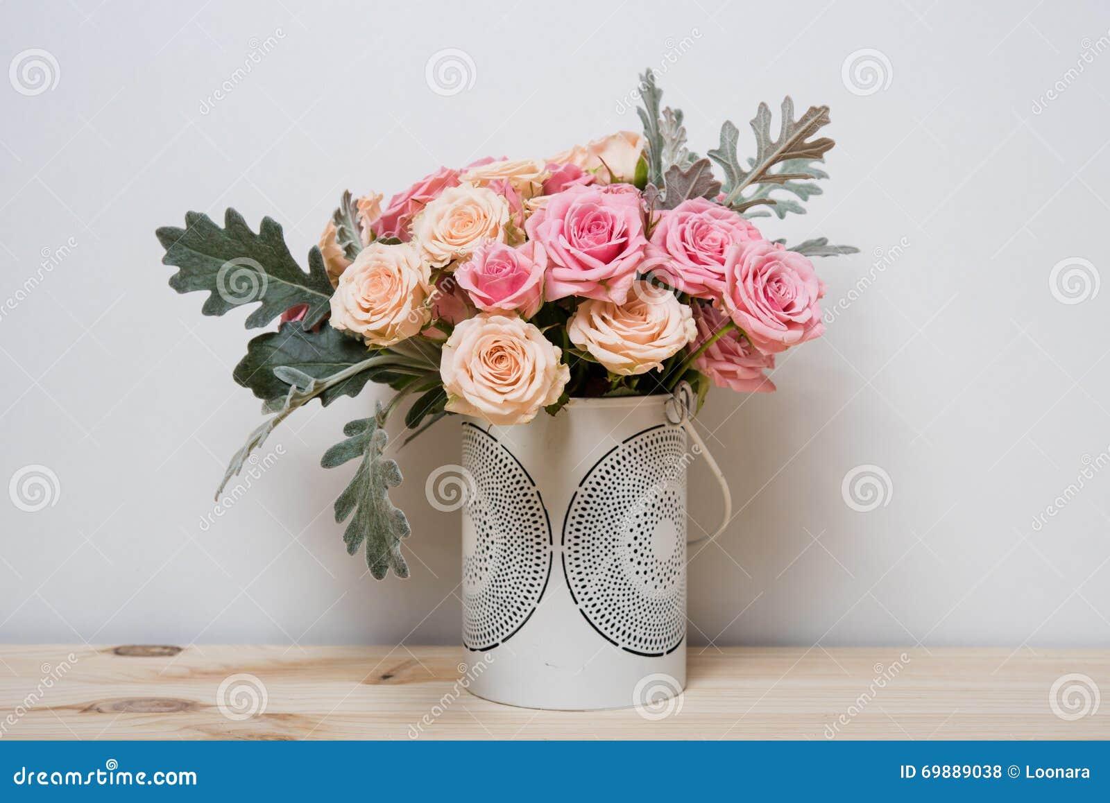 Roses roses et beiges
