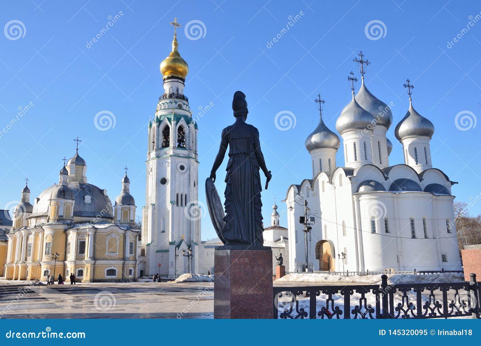 Rosja Vologda, Katedralny Sobornaya, Kremlevskaya kwadrat w wio?nie, opuszcza? Voskresensky katedr?, Katedralny dzwonkowy wierza,
